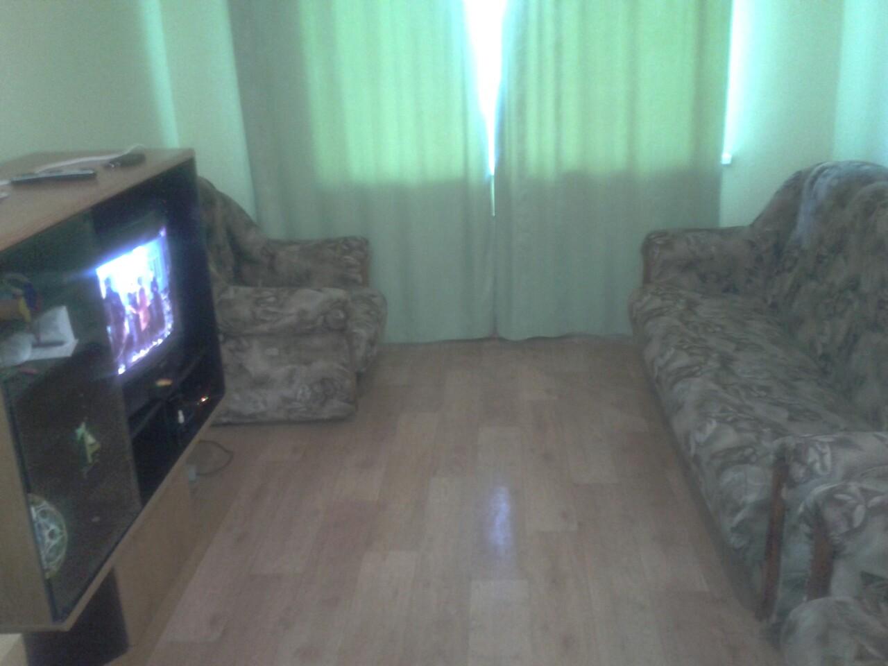 Сдам 1-комнатную квартиру в городе Саратов, на улице Огородная,  140, 6-этаж 10-этажного кирпичный дома, площадь: 33/18/8 м2
