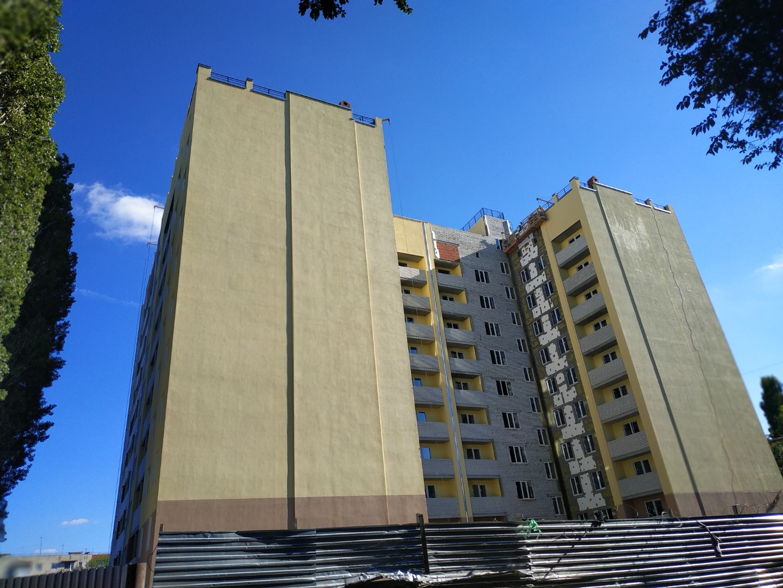 Продам 2-комнатную квартиру в городе Саратов, на улице тупик Кавказский 3-й,  3, 4-этаж 10-этажного кирпичный дома, площадь: 57.4/30.6/9.8 м2