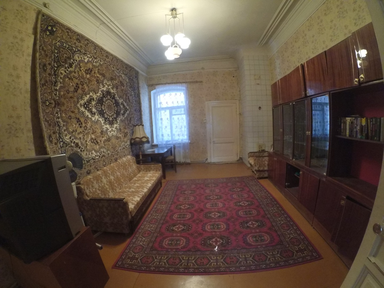 Продам 2-комнатную квартиру в городе Саратов, на улице Киселева,  8, 2-этаж 2-этажного кирпичный дома, площадь: 58.4/0/0 м2