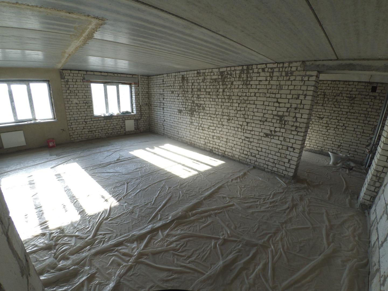 Продам 3-комнатную квартиру в городе Саратов, на улице Гвардейская,  13, 5-этаж 9-этажного кирпичный дома, площадь: 84.3/49.2/15.8 м2