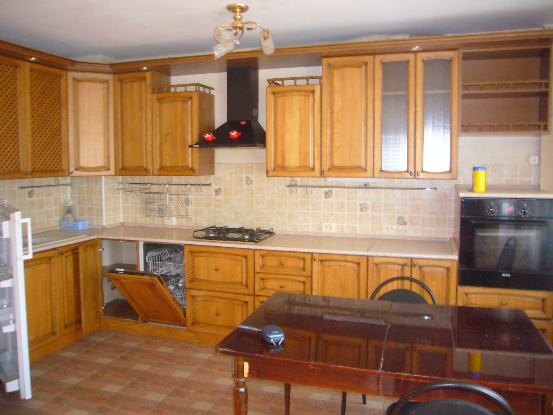 Продам 3-комнатную квартиру в городе Саратов, на улице Соколовая,  44/62, 4-этаж 9-этажного кирпичный дома, площадь: 80/40/34 м2
