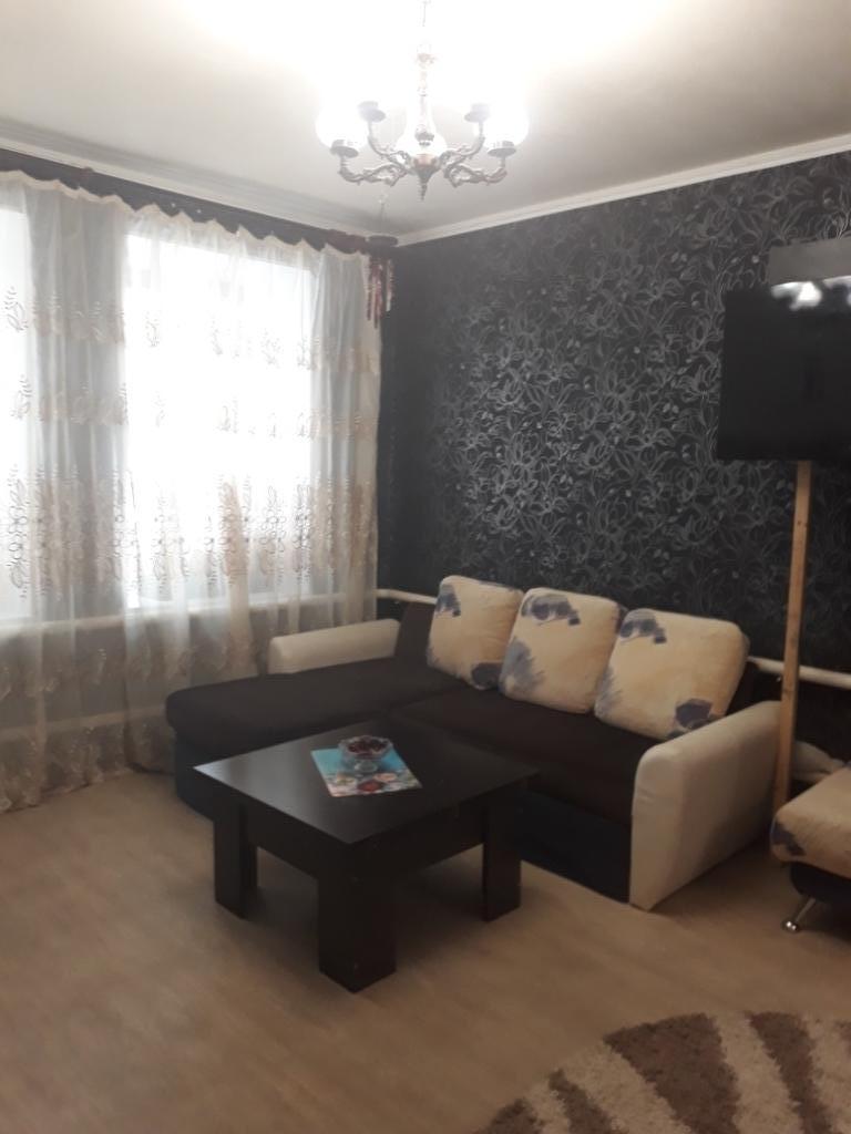 Продам 2-комнатную квартиру в городе Саратов, на улице им Посадского И.Н.,  86, 2-этаж 2-этажного кирпичный дома, площадь: 47/30.5/4.5 м2