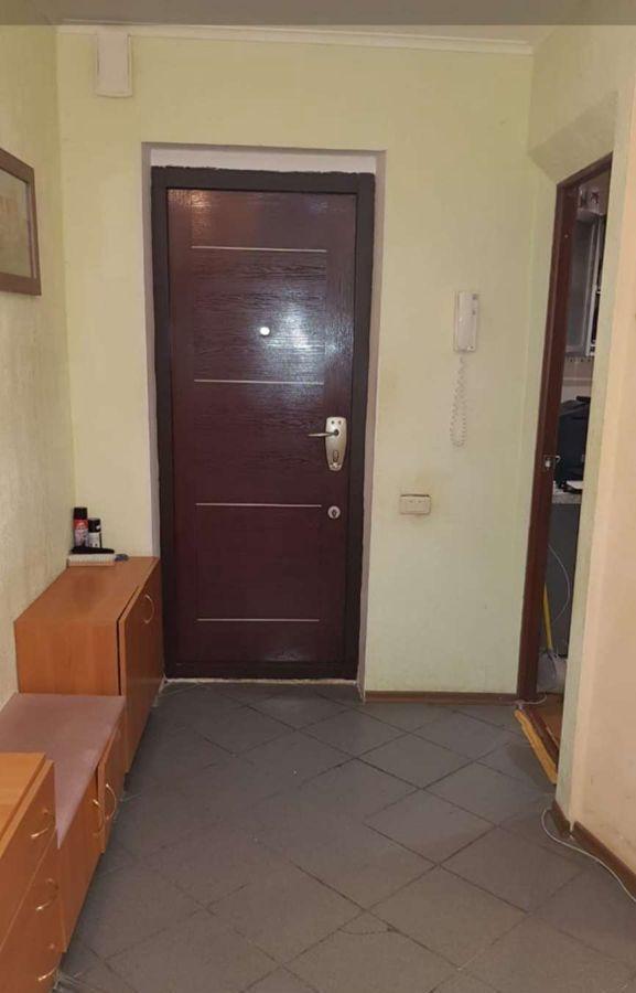 Продам 3-комнатную квартиру в городе Саратов, на улице 4-й проезд Чернышевского Н.Г.,  3, 9-этаж 10-этажного кирпичный дома, площадь: 87/0/0 м2